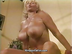 Naked sexy videos - milf gets fucked